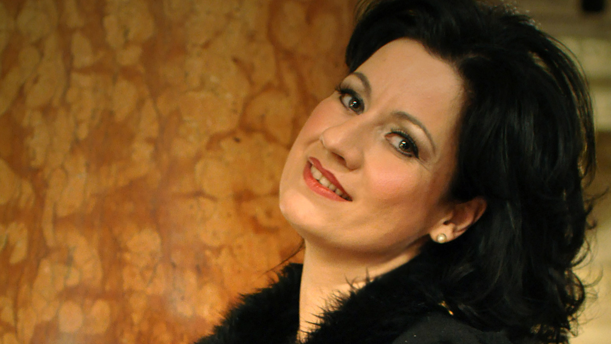 Soprano Csilla Boross will be Maddalena di Coigny in the new opera production of the Castell de Peralada Festival: Andrea Chénier